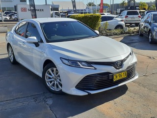 2018  Toyota Camry Ascent Sedan (White) Pre-Owned Car Thumbnail